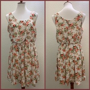 Forever 21 Sleeveless Floral Dress